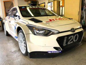 Hyundai i20 rallye compétition location sport garage